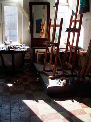 Maria Kiesner : Boring postcards or factory areas. In the margin of Maria Kiesner's exhibition