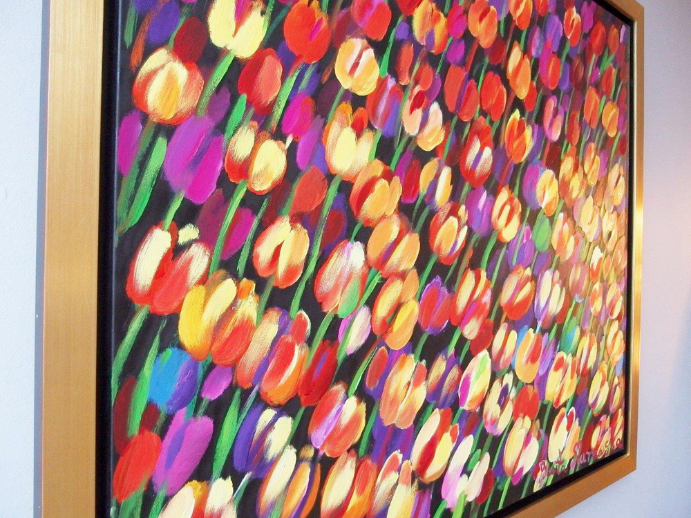 Beata Murawska : Warm field of tulips