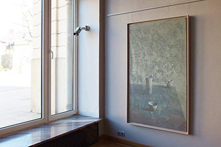 Łukasz Huculak : Vertical still life : Oil on Canvas