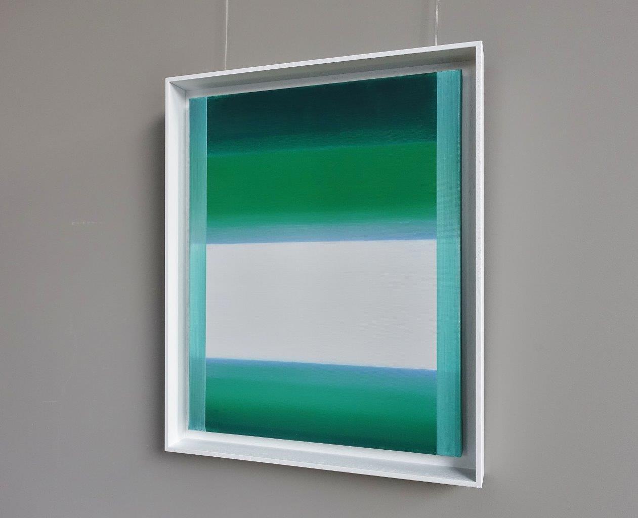 Anna Podlewska : White on grassy greens