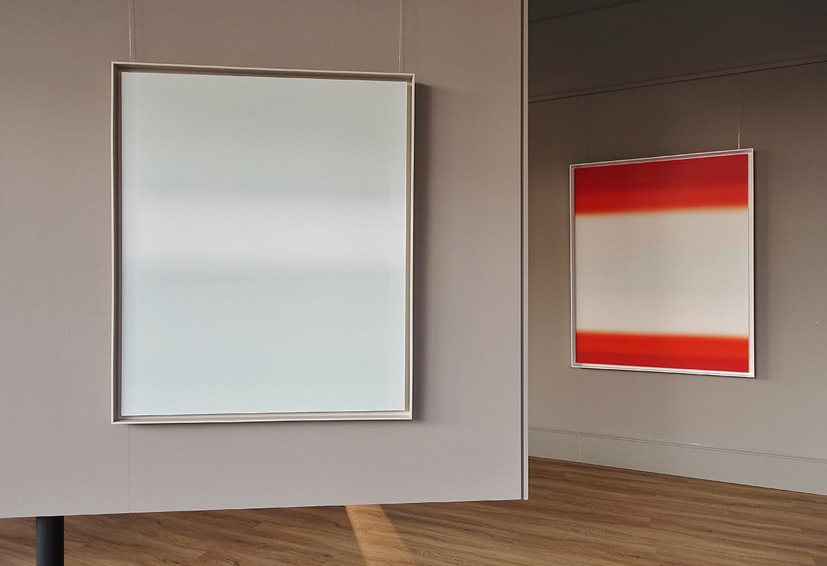 Anna Podlewska : From white to gray